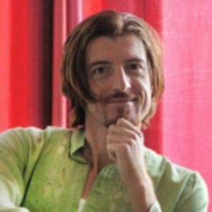 Blaze Arizanov | StayUncle CMO, Bestselling Author & Keynote Speaker