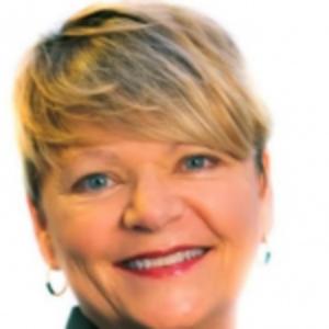 Elaine Queathem | CO-FOUNDER & CEO, SAVY CODERS