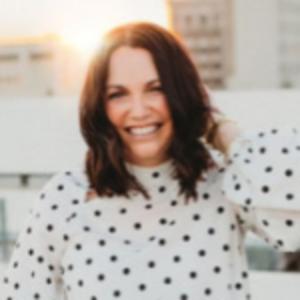 Nikki Henry   CEO, Ladies Leading Leadies