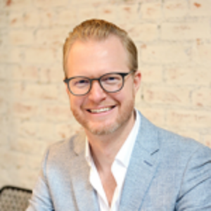 Patrik Hellstrand | CEO, by CHLOE. + Founder/Author, thrivewired + Advisor, KingsCrowd