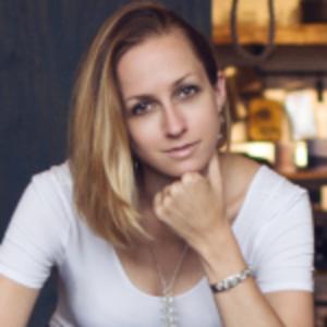 Suzanne Paulinski   Mindset coach & Founder, The Rock/Star Advocate