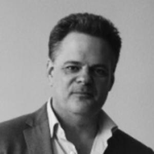 Tim Wilson   CEO, QUTEE