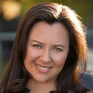 Vicky Kuperman | COMEDIAN & AUTHOR